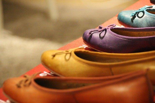 נעלי פוינט