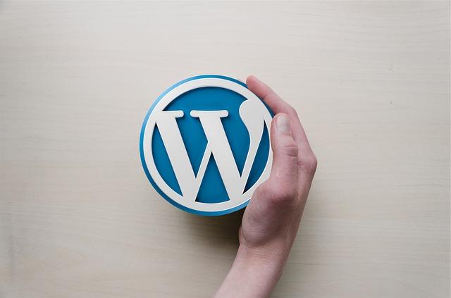 מעצב לוגו מקצועי
